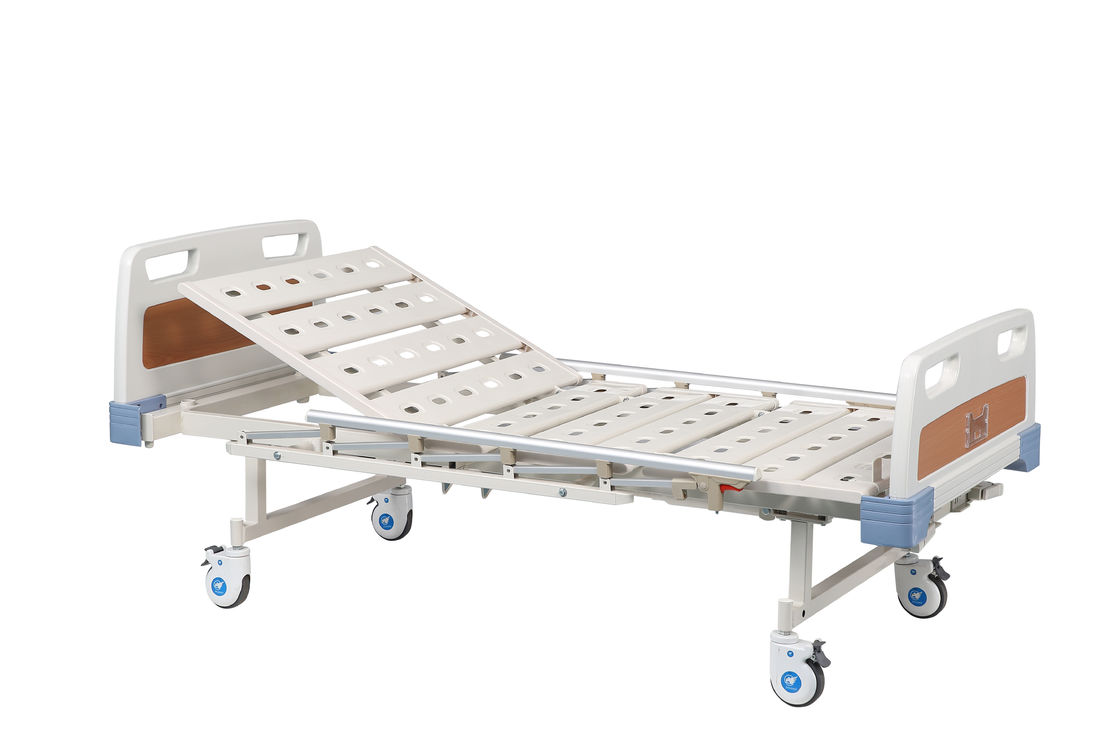 White Blue Variable Height Hospital Bed , Hospital Nursing Bed With 2 Cranks
